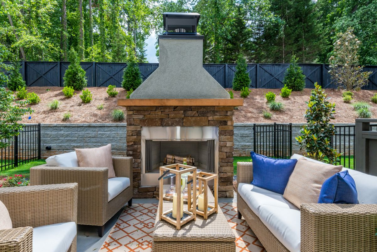 Outdoor Living with Kitchen and Fireplace | Atlanta Home Renovation | StonecrestWorks